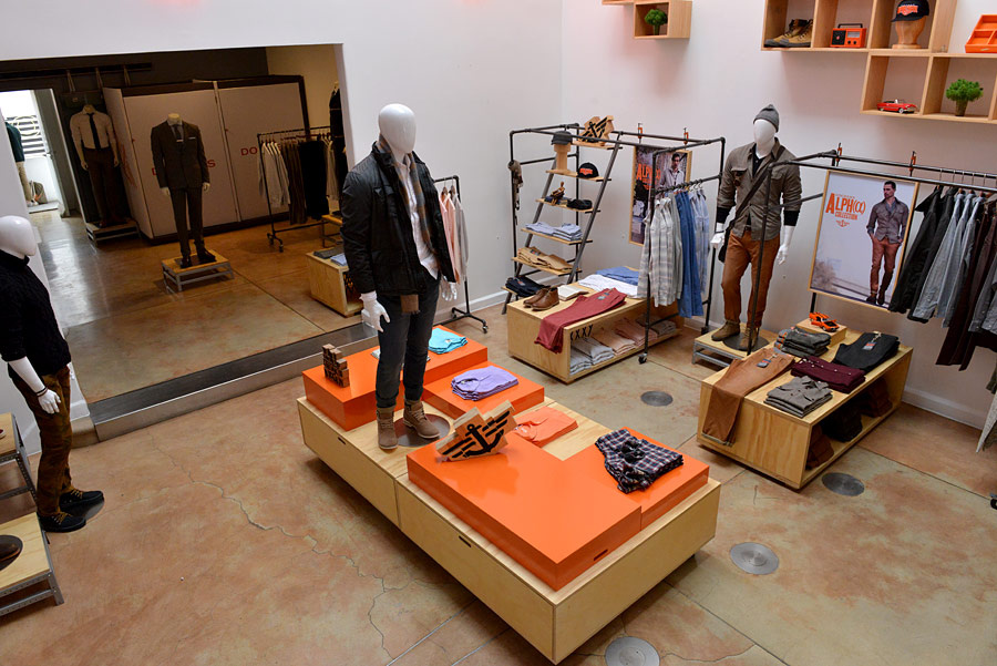 dockers_inaugura_alpha_pop_up_store_760399593_900x601